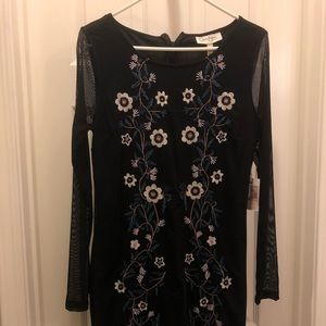 Jessica Simpson Maternity Floral Embroidered Dress